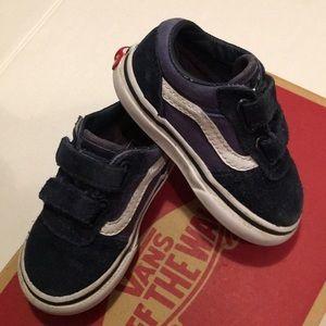 PreOwned Authentic,infant  Old Skool V Vans 5C